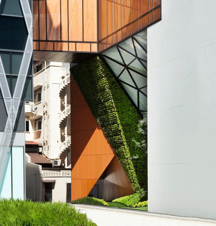 نمای بیرونی ساختمان مسکونی