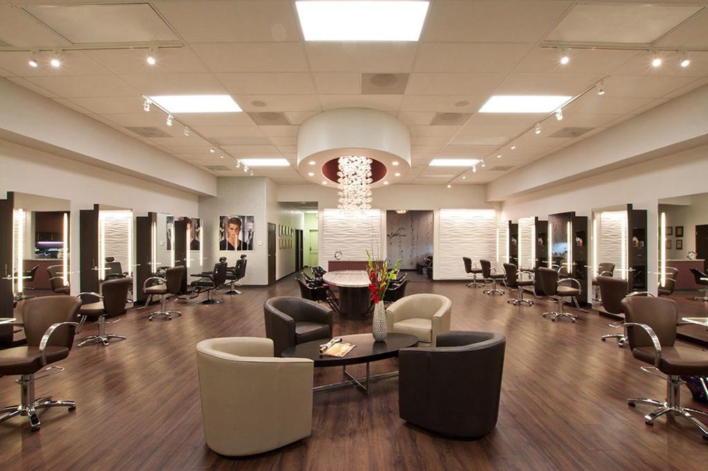 دکوراسیون آرایشگاه زنانه