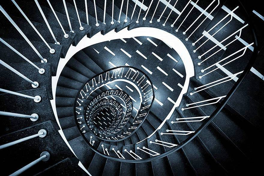 مدل پله گرد