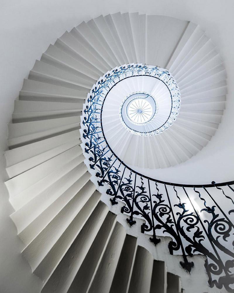 پله های گرد
