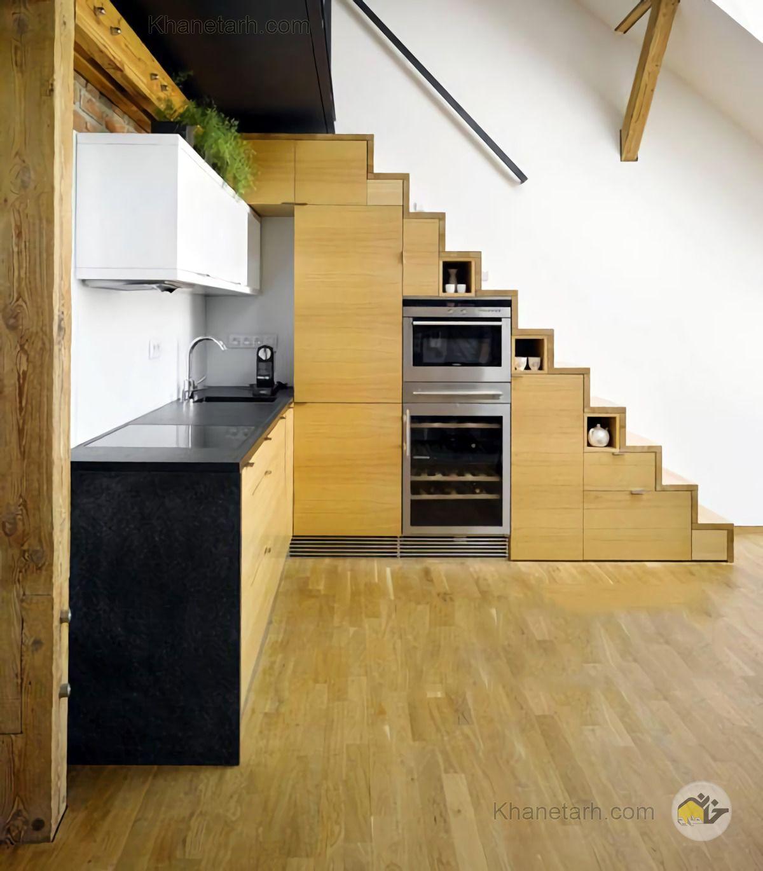 آشپزخانه زیر راه پله